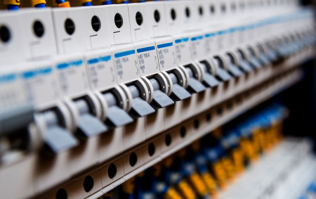 fuse boxes – when should they be replaced?